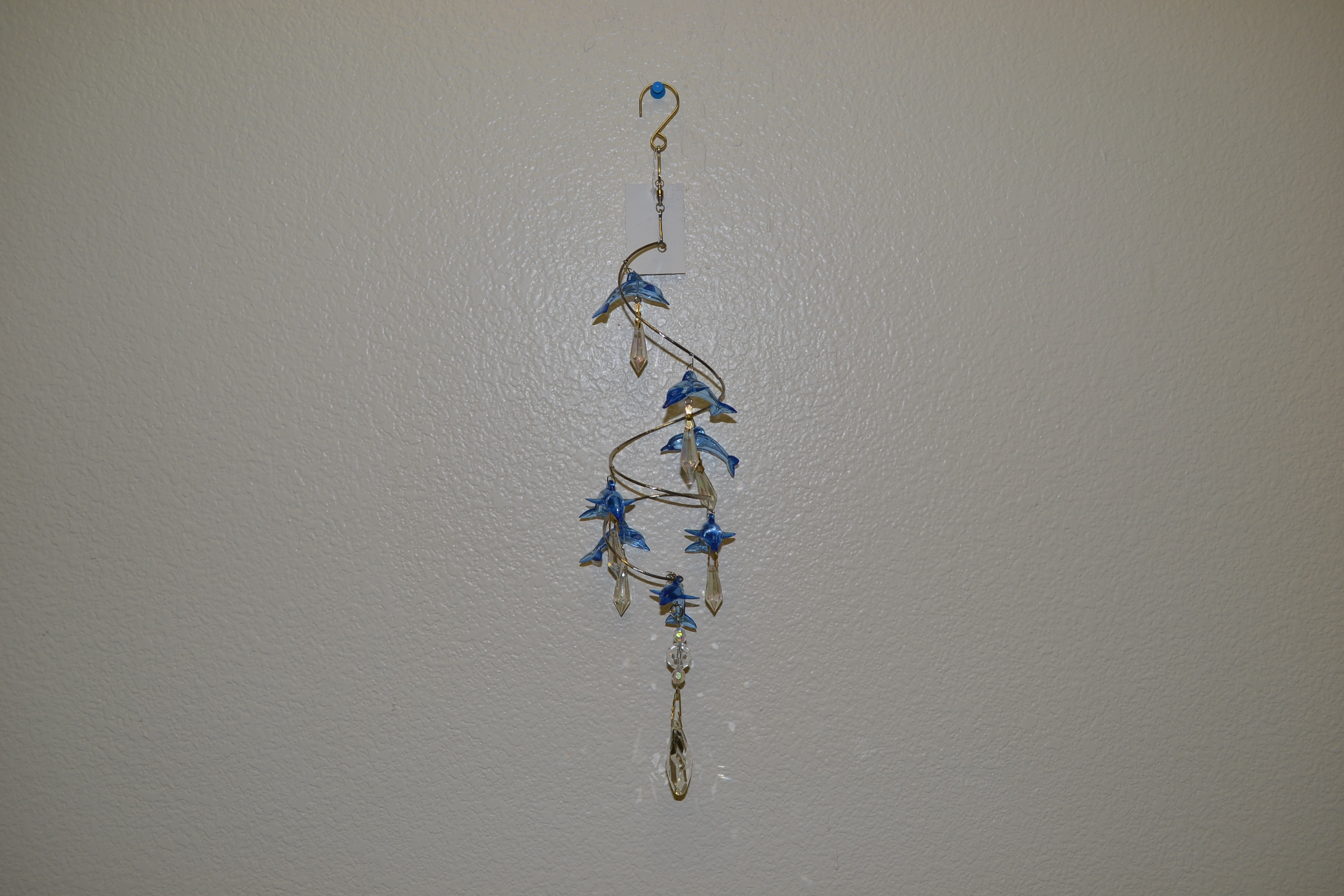Dolphin SPRING WIRE W/crystal hanger